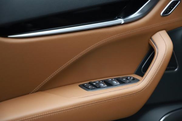 New 2021 Maserati Levante S Q4 for sale $98,925 at Maserati of Greenwich in Greenwich CT 06830 12