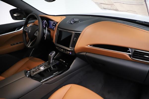 New 2021 Maserati Levante S Q4 for sale $98,925 at Maserati of Greenwich in Greenwich CT 06830 24