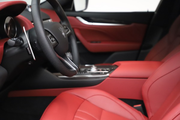 New 2021 Maserati Levante S Q4 GranSport for sale $105,835 at Maserati of Greenwich in Greenwich CT 06830 15