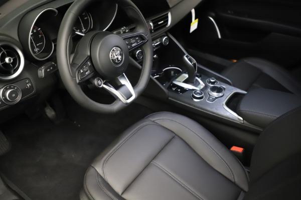 New 2021 Alfa Romeo Giulia Q4 for sale $46,895 at Maserati of Greenwich in Greenwich CT 06830 13