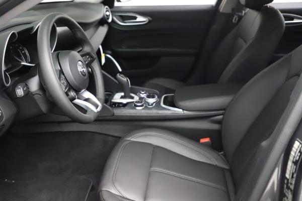 New 2021 Alfa Romeo Giulia Q4 for sale $46,895 at Maserati of Greenwich in Greenwich CT 06830 14