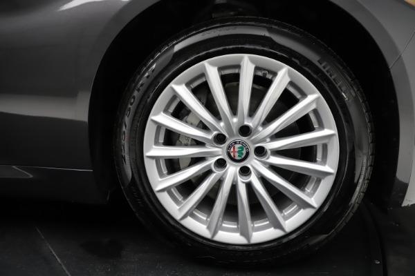 New 2021 Alfa Romeo Giulia Q4 for sale $46,895 at Maserati of Greenwich in Greenwich CT 06830 25