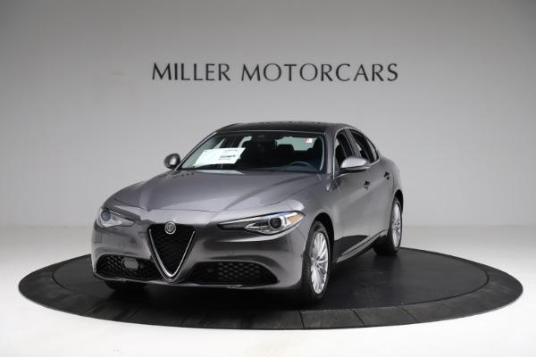 New 2021 Alfa Romeo Giulia Q4 for sale $46,895 at Maserati of Greenwich in Greenwich CT 06830 1