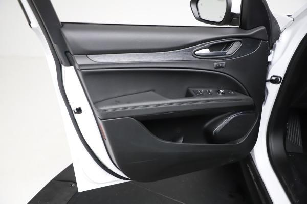 New 2021 Alfa Romeo Stelvio Q4 for sale $49,785 at Maserati of Greenwich in Greenwich CT 06830 18