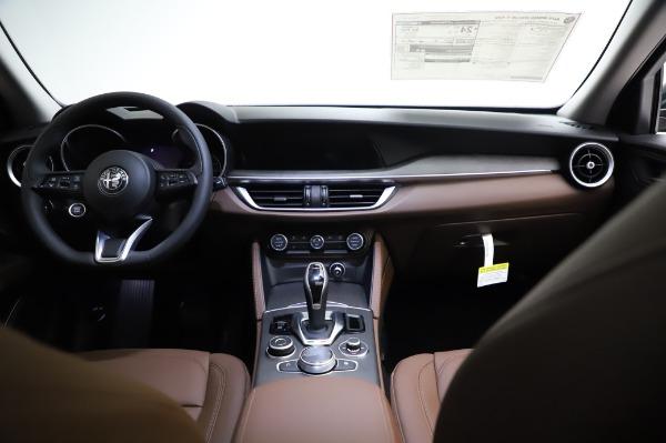New 2021 Alfa Romeo Stelvio Ti Q4 for sale $54,000 at Maserati of Greenwich in Greenwich CT 06830 17