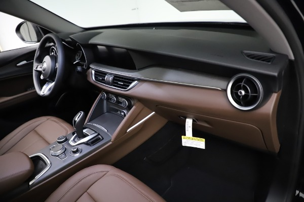 New 2021 Alfa Romeo Stelvio Ti Q4 for sale $54,000 at Maserati of Greenwich in Greenwich CT 06830 22