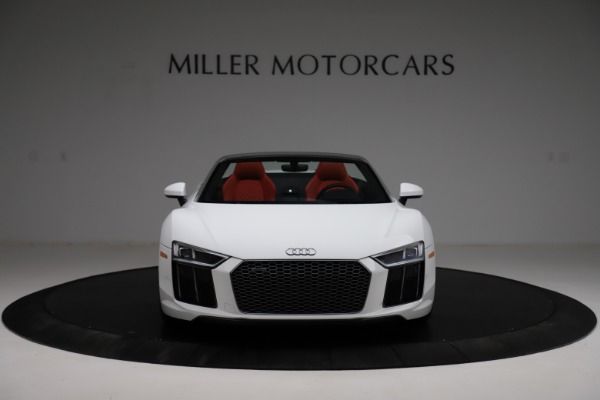 Used 2018 Audi R8 Spyder for sale $154,900 at Maserati of Greenwich in Greenwich CT 06830 12