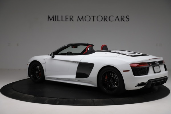 Used 2018 Audi R8 Spyder for sale $154,900 at Maserati of Greenwich in Greenwich CT 06830 4