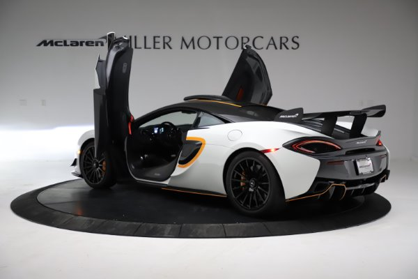 New 2020 McLaren 620R for sale $312,605 at Maserati of Greenwich in Greenwich CT 06830 12
