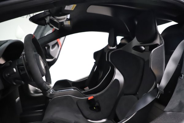 New 2020 McLaren 620R for sale $312,605 at Maserati of Greenwich in Greenwich CT 06830 19