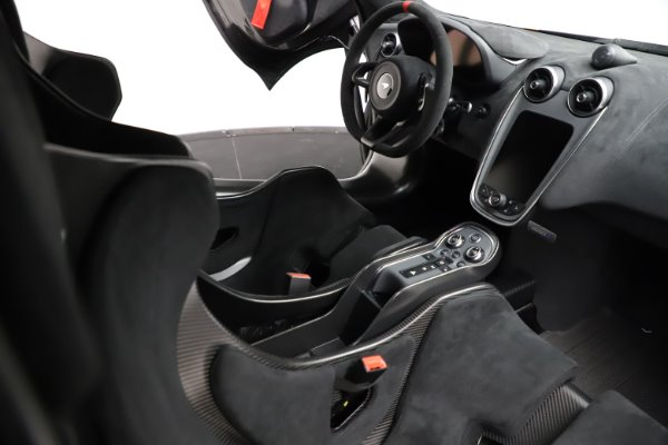 New 2020 McLaren 620R for sale $312,605 at Maserati of Greenwich in Greenwich CT 06830 20