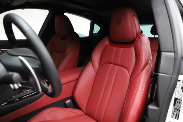 New 2021 Maserati Levante Q4 GranSport for sale $95,835 at Maserati of Greenwich in Greenwich CT 06830 16
