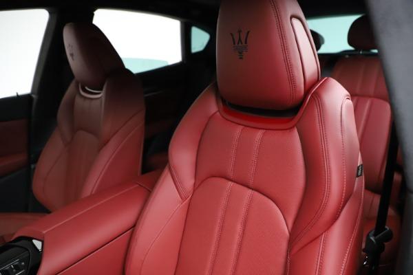 New 2021 Maserati Levante Q4 GranSport for sale $95,835 at Maserati of Greenwich in Greenwich CT 06830 17