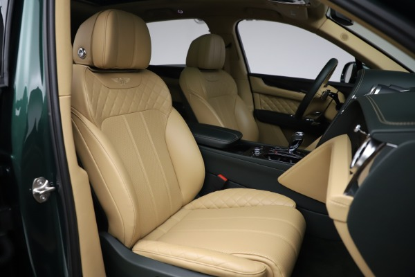 Used 2018 Bentley Bentayga W12 Signature for sale $159,900 at Maserati of Greenwich in Greenwich CT 06830 26
