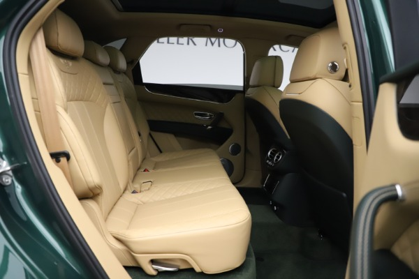 Used 2018 Bentley Bentayga W12 Signature for sale $159,900 at Maserati of Greenwich in Greenwich CT 06830 28