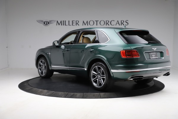 Used 2018 Bentley Bentayga W12 Signature for sale $159,900 at Maserati of Greenwich in Greenwich CT 06830 5