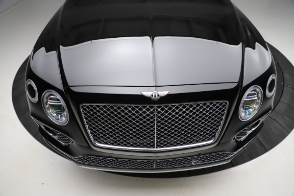 Used 2018 Bentley Bentayga W12 Signature for sale $153,900 at Maserati of Greenwich in Greenwich CT 06830 14