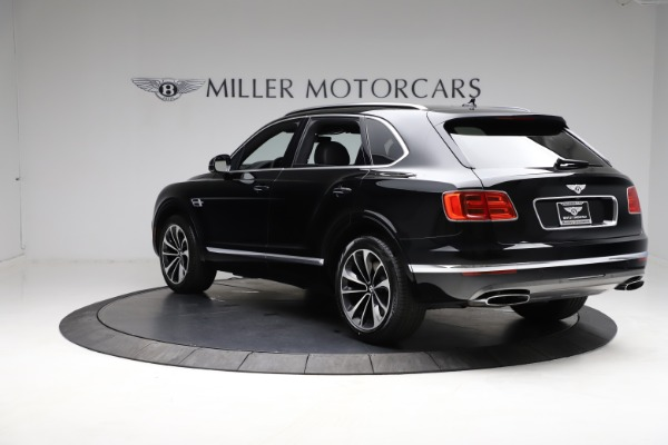 Used 2018 Bentley Bentayga W12 Signature for sale $153,900 at Maserati of Greenwich in Greenwich CT 06830 6