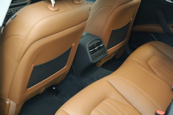 New 2021 Maserati Ghibli S Q4 for sale $85,754 at Maserati of Greenwich in Greenwich CT 06830 17
