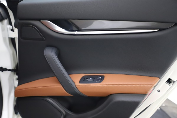 New 2021 Maserati Ghibli S Q4 for sale $85,754 at Maserati of Greenwich in Greenwich CT 06830 22