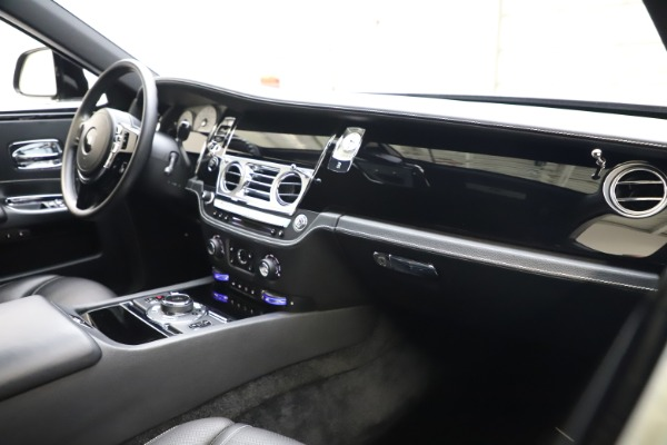 Used 2018 Rolls-Royce Ghost for sale $249,900 at Maserati of Greenwich in Greenwich CT 06830 13
