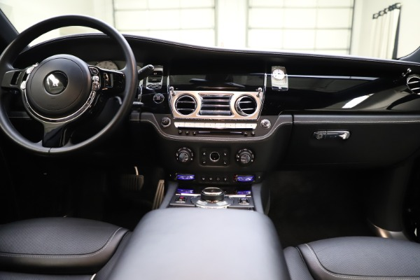 Used 2018 Rolls-Royce Ghost for sale $249,900 at Maserati of Greenwich in Greenwich CT 06830 27