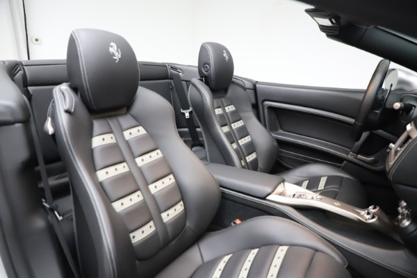 Used 2010 Ferrari California for sale $114,900 at Maserati of Greenwich in Greenwich CT 06830 27