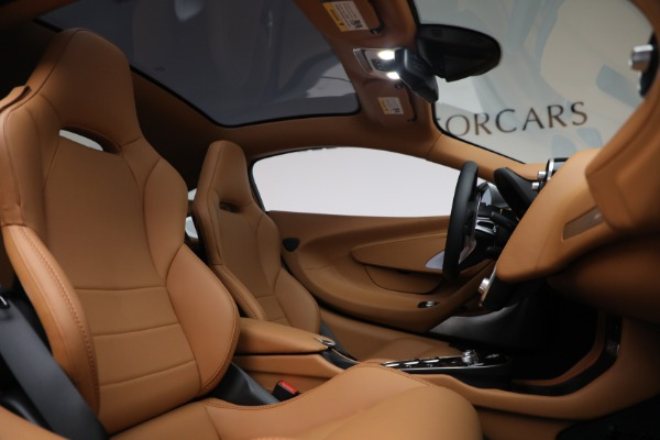 Used 2021 McLaren GT LUXE for sale $209,990 at Maserati of Greenwich in Greenwich CT 06830 25
