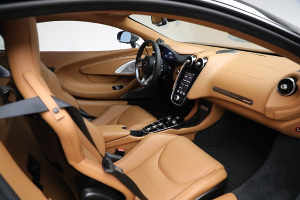 Used 2021 McLaren GT LUXE for sale $209,990 at Maserati of Greenwich in Greenwich CT 06830 27