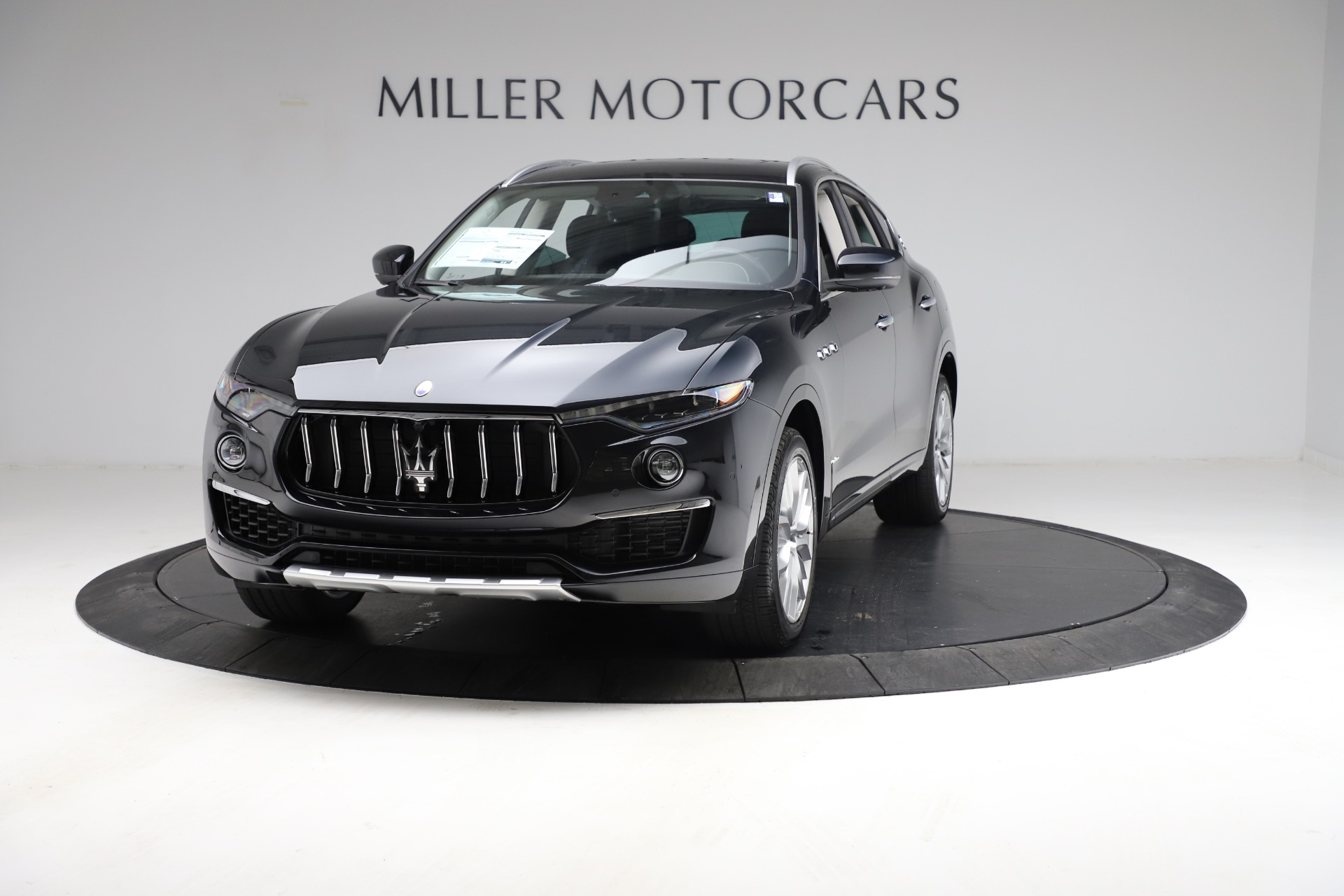 New 2021 Maserati Levante S Q4 GranLusso for sale $100,949 at Maserati of Greenwich in Greenwich CT 06830 1