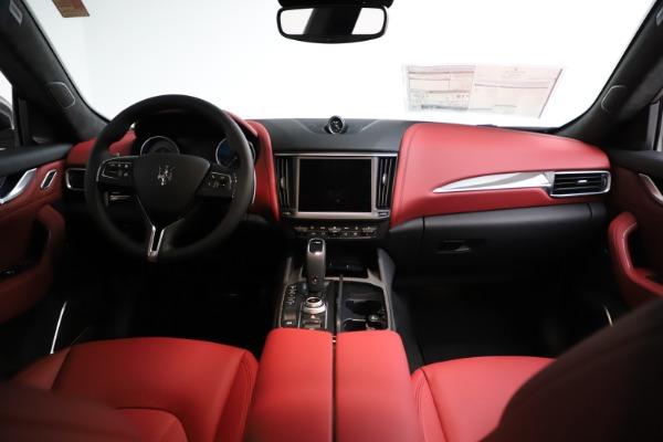 New 2021 Maserati Levante S Q4 GranLusso for sale $105,549 at Maserati of Greenwich in Greenwich CT 06830 15