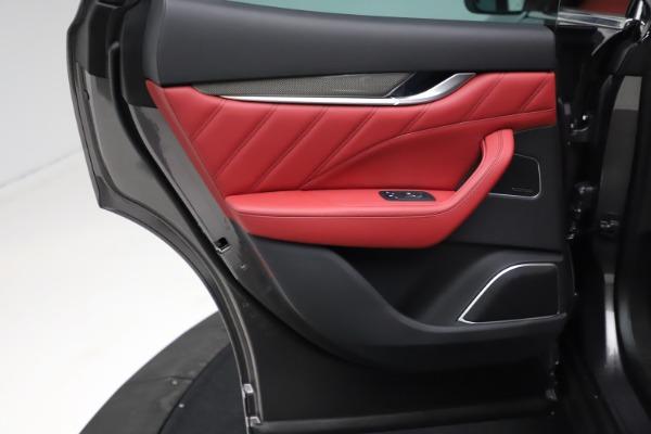 New 2021 Maserati Levante S Q4 GranLusso for sale $105,549 at Maserati of Greenwich in Greenwich CT 06830 19