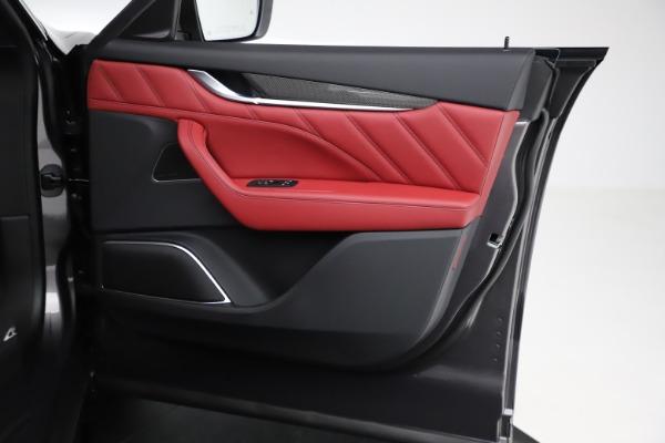 New 2021 Maserati Levante S Q4 GranLusso for sale $105,549 at Maserati of Greenwich in Greenwich CT 06830 21