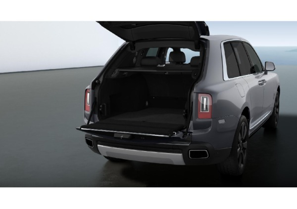 New 2021 Rolls-Royce Cullinan for sale Call for price at Maserati of Greenwich in Greenwich CT 06830 4