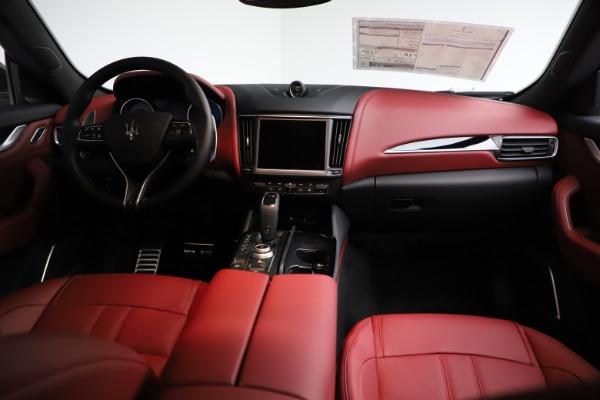 New 2021 Maserati Levante Q4 GranSport for sale $93,685 at Maserati of Greenwich in Greenwich CT 06830 16