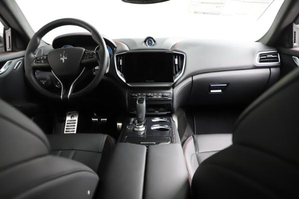 New 2021 Maserati Ghibli S Q4 GranSport for sale $100,635 at Maserati of Greenwich in Greenwich CT 06830 18