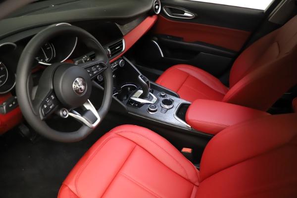New 2021 Alfa Romeo Giulia Q4 for sale $48,535 at Maserati of Greenwich in Greenwich CT 06830 13