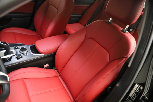 New 2021 Alfa Romeo Giulia Q4 for sale $48,535 at Maserati of Greenwich in Greenwich CT 06830 15