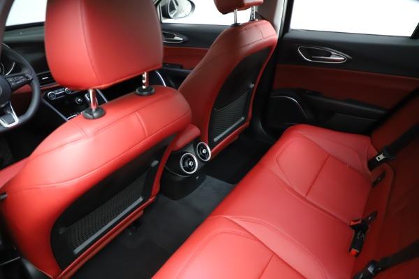 New 2021 Alfa Romeo Giulia Q4 for sale $48,535 at Maserati of Greenwich in Greenwich CT 06830 18