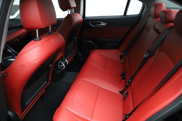 New 2021 Alfa Romeo Giulia Q4 for sale $48,535 at Maserati of Greenwich in Greenwich CT 06830 20