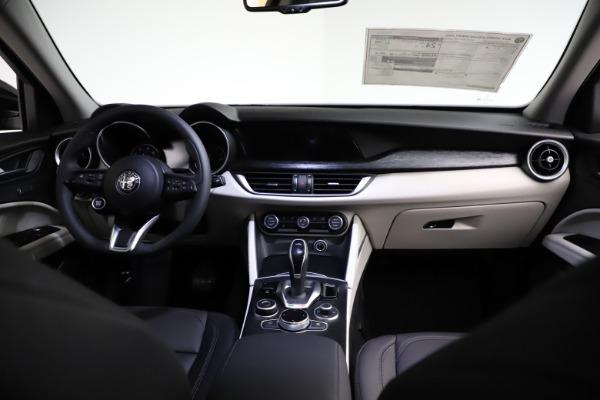 New 2021 Alfa Romeo Stelvio Q4 for sale $50,245 at Maserati of Greenwich in Greenwich CT 06830 16