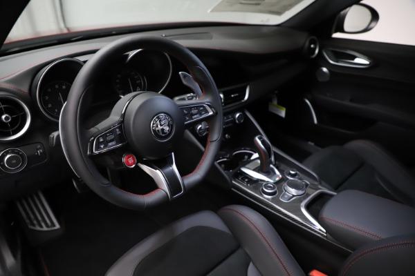 New 2021 Alfa Romeo Giulia Quadrifoglio for sale $83,740 at Maserati of Greenwich in Greenwich CT 06830 12