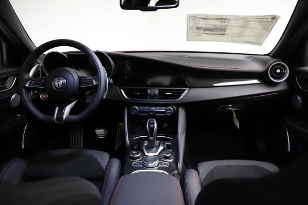 New 2021 Alfa Romeo Giulia Quadrifoglio for sale $83,740 at Maserati of Greenwich in Greenwich CT 06830 15