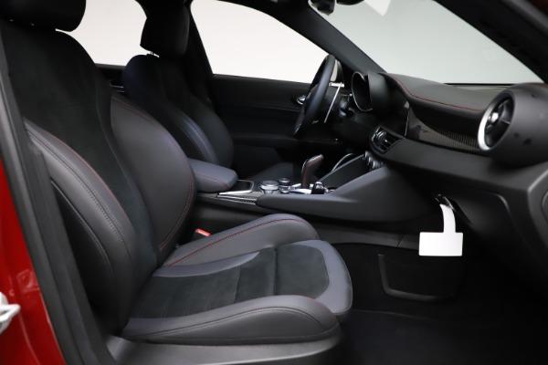 New 2021 Alfa Romeo Giulia Quadrifoglio for sale $83,740 at Maserati of Greenwich in Greenwich CT 06830 21