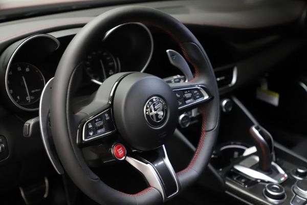 New 2021 Alfa Romeo Giulia Quadrifoglio for sale $83,740 at Maserati of Greenwich in Greenwich CT 06830 25