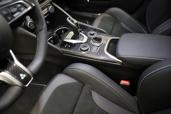New 2021 Alfa Romeo Giulia Quadrifoglio for sale $83,200 at Maserati of Greenwich in Greenwich CT 06830 26