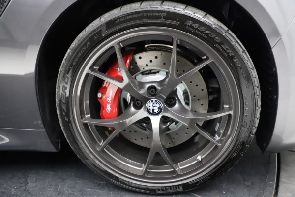 New 2021 Alfa Romeo Giulia Quadrifoglio for sale $83,200 at Maserati of Greenwich in Greenwich CT 06830 27