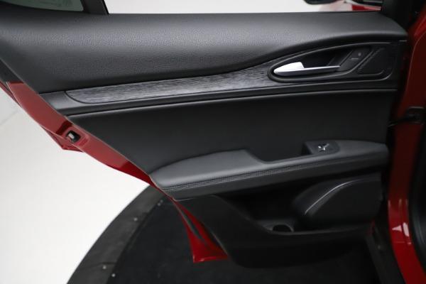 New 2021 Alfa Romeo Stelvio Sprint for sale $50,535 at Maserati of Greenwich in Greenwich CT 06830 20