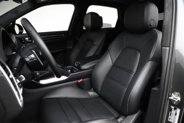 Used 2020 Porsche Cayenne Turbo for sale $145,900 at Maserati of Greenwich in Greenwich CT 06830 20