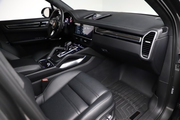 Used 2020 Porsche Cayenne Turbo for sale $145,900 at Maserati of Greenwich in Greenwich CT 06830 22